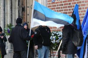 В столице Латвии осквернили государственный флаг Эстонской Республики