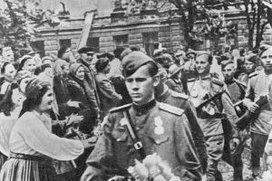 75-летие освобождения Таллина