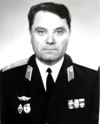 М.Топоров